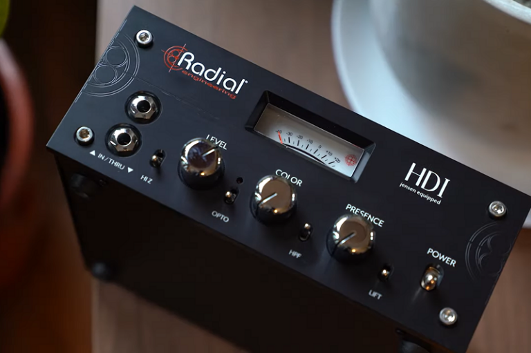 Vintage KIng - Going Direct In With The Radial Engineering HDI Direct Box